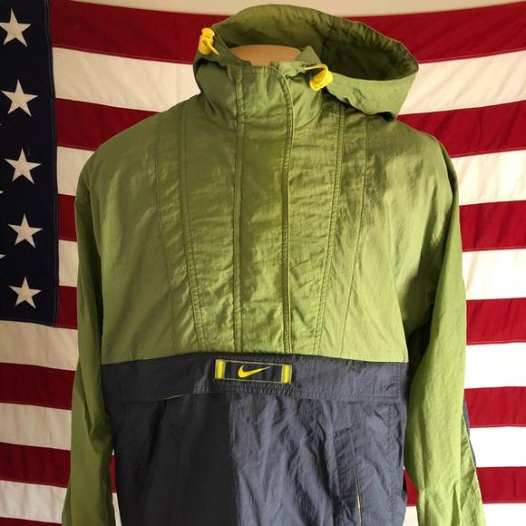 58149d21397b Vintage Nike Windbreaker Jacket Olive Zip Medium. M 5a6a866d3800c5f00e295a7e
